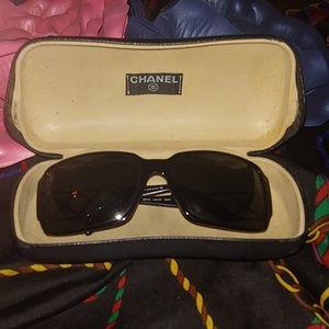 Chanel 😎 rhinestone sided sunglasses